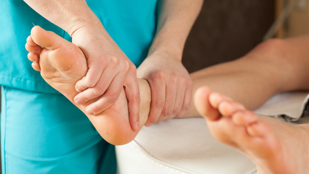 diabetes-foot-care.thumbnail_1280x720